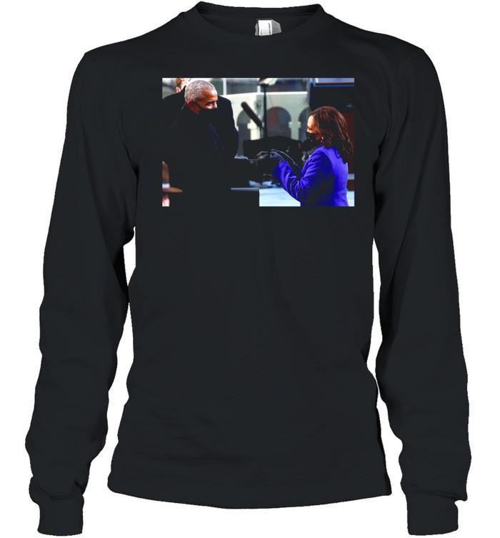 Barack Obama Greeting Vice President Kamala Harris shirt Long Sleeved T-shirt
