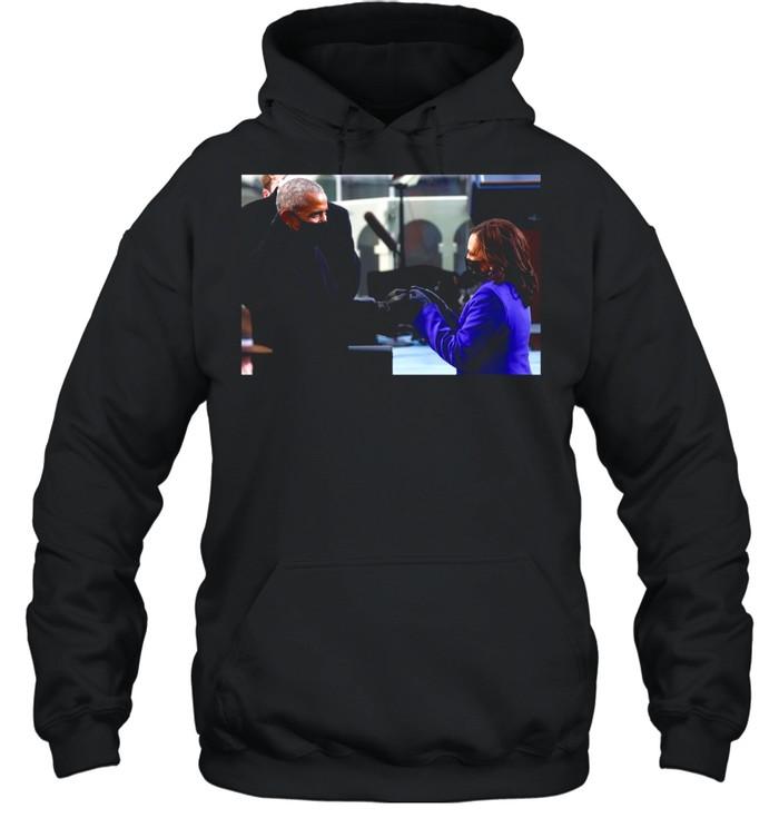 Barack Obama Greeting Vice President Kamala Harris shirt Unisex Hoodie
