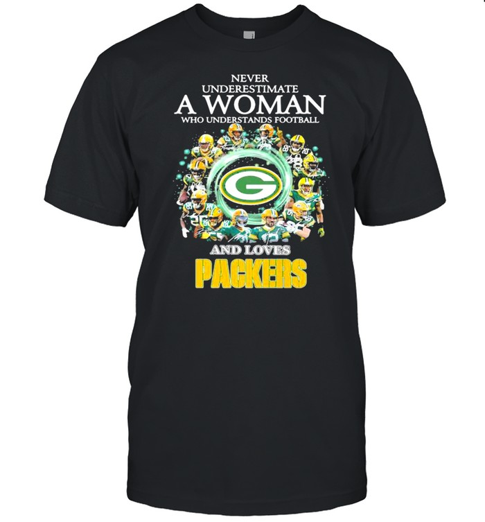 Never Underestimate A Woman Who Understand Football And Loves Packers shirt